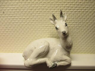White deer no. 22607 from Royal Copenhagen